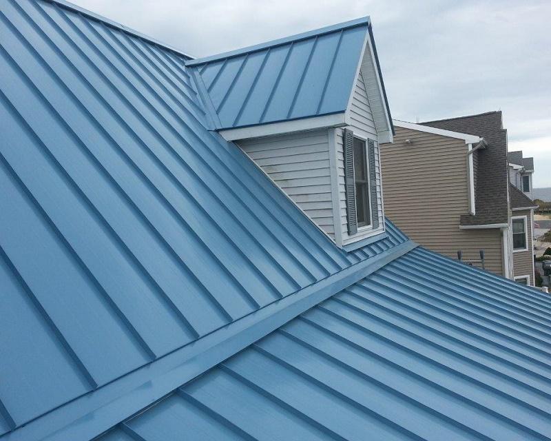 lợp mái nhà bằng tôn hay ngói